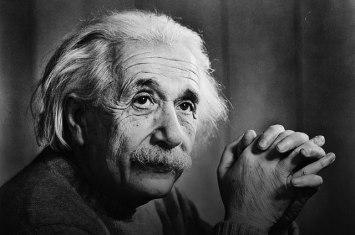 Albert-Einstein-10