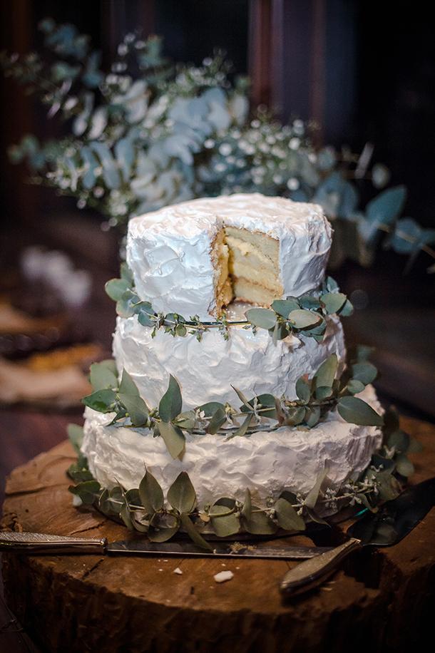 029-CJ-rustic-barn-DIY-wedding-gingerale-photography