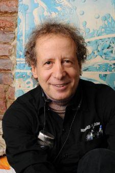Howard_Bloom_Wikipedia_Portrait