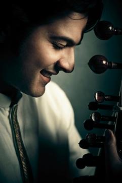 Ayaan Ali Khan1