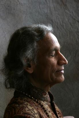 gurudev-profile-med