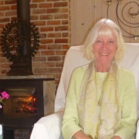 Jacqueline Maria Longstaff: The Meaning of Life and the Deep Connection With the Heart